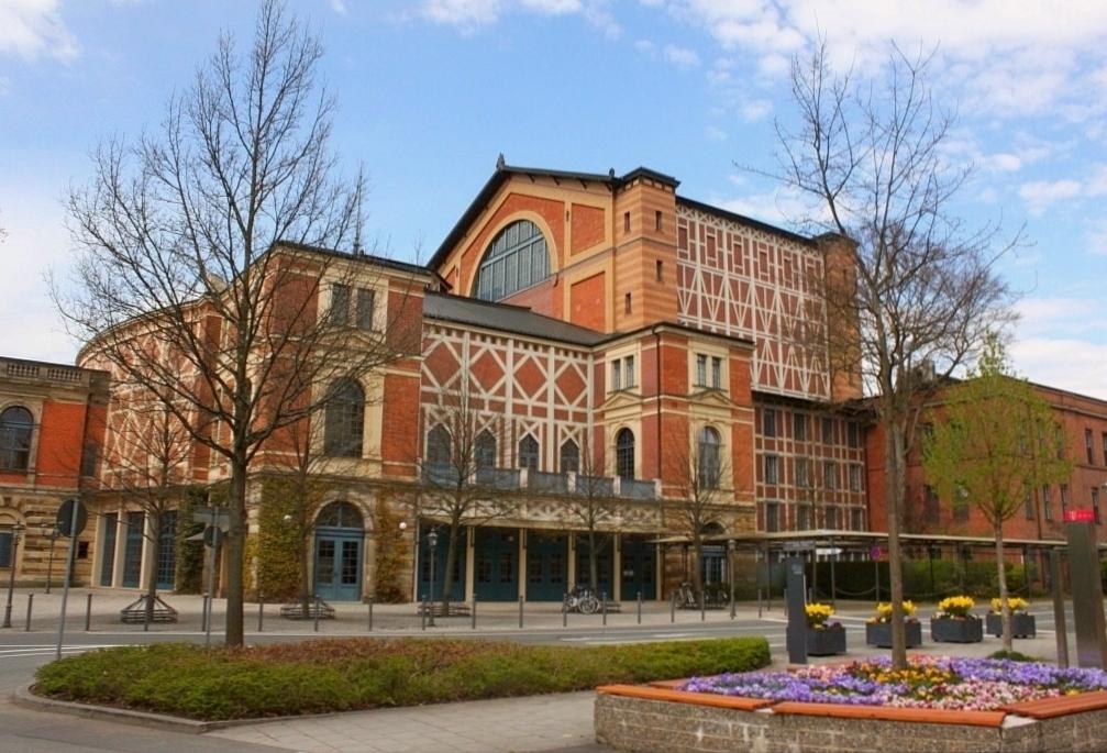 Фотография большого фестивального зала Фестшпильхаус 3