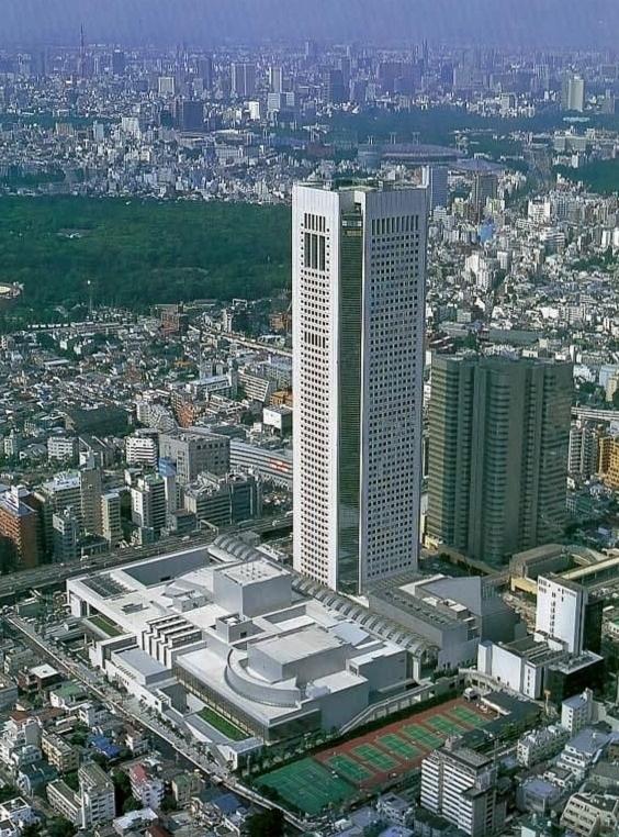 Токио Опера Сити Холл 2