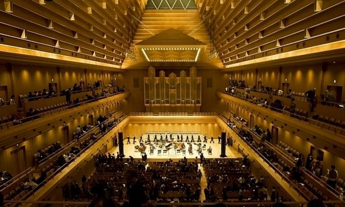 Токио Опера Сити Холл 1